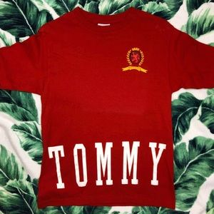 Vintage 90s Tommy Hilfiger Spellout Crest Logo Tee